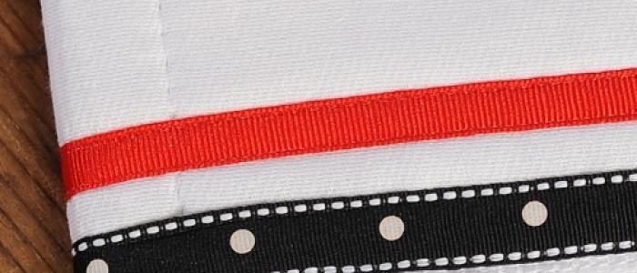 Black White Stitch Dot / Red